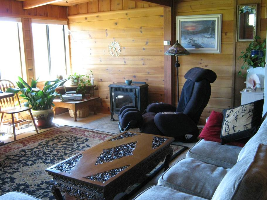 Getaways in Tahoe for a Cozy Cabin Rental 3