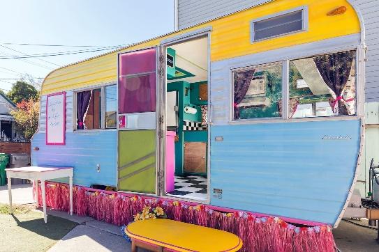 Vintage Caravan Camper in Oakland, CA